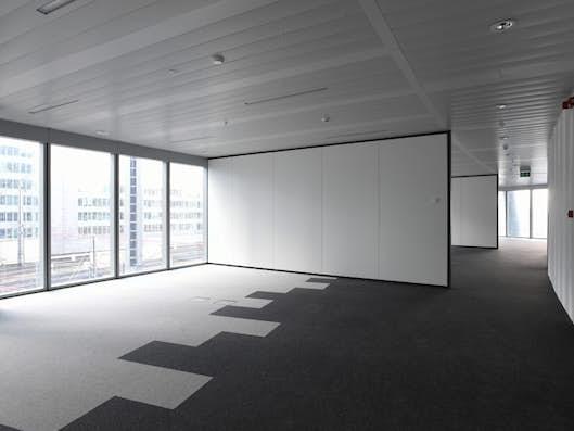 Un environnement de travail confortable, efficient et durable pour le personnel